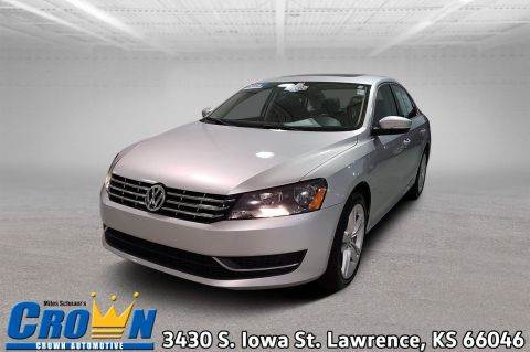 Certified Pre-Owned 2014 Volkswagen Passat TDI SE w/Sunroof 4dr Car