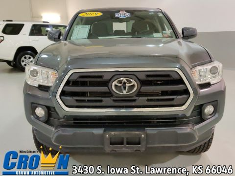 Pre-Owned 2019 Toyota Tacoma 4WD SR5 Crew Cab Pickup