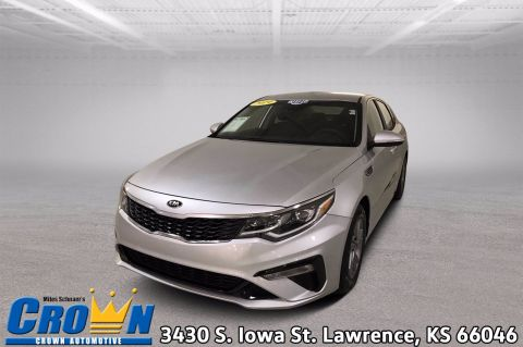 Pre-Owned 2019 Kia Optima LX 4dr Car